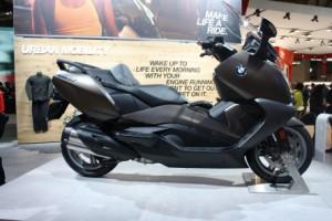 Eicma-2015-BMW-C-650-GT-Maxi-Scooter1-300x200